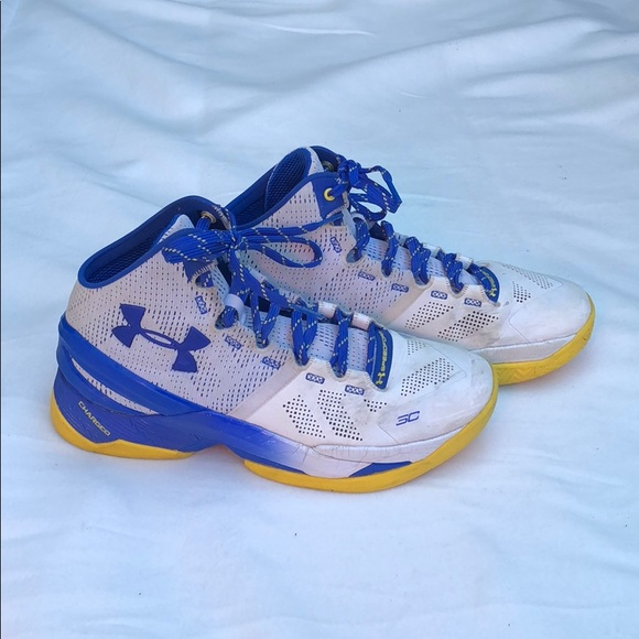"""brand new 38746 b044e Under Armour Curry 2 """"Dub Nation Home"""" Size 8.5"""
